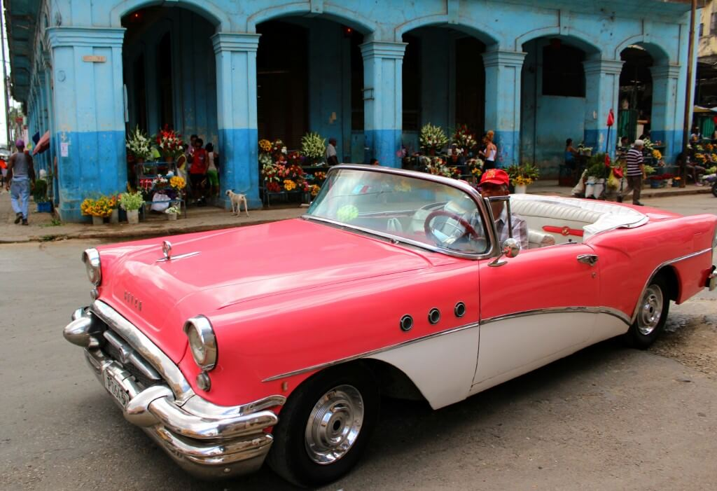 Chevrolets of old Havana